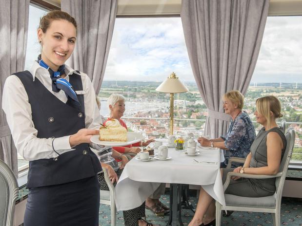 Restaurant und Café  Über den Wolken  in 115 Metern Höhe