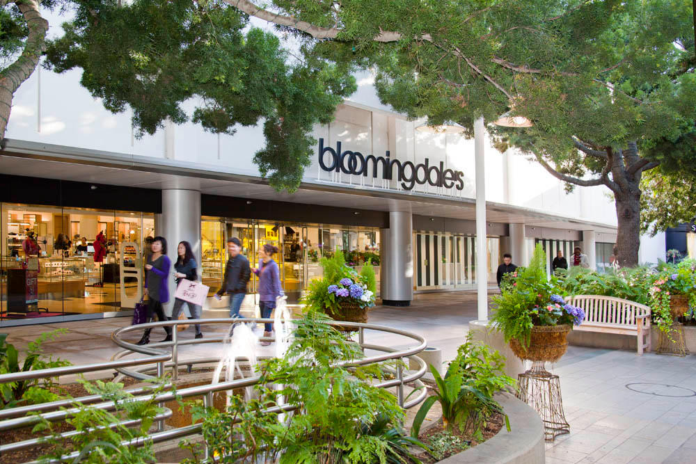 Stanford Shopping Center is located in Palo Alto, California and offers stores - Scroll down for Stanford Shopping Center shopping information: store list (directory), locations, mall hours 4/4(7).