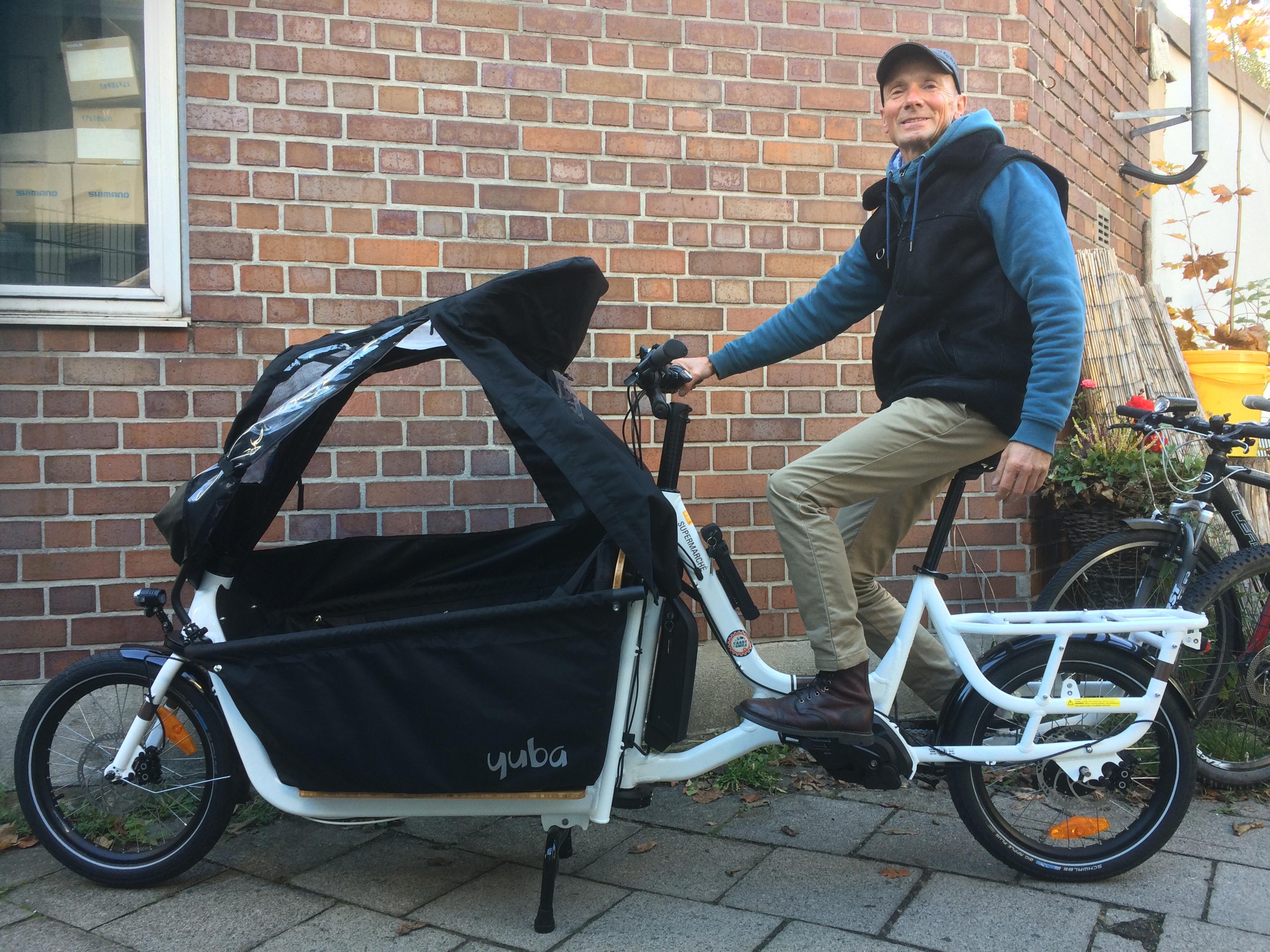 Gewerbe-Referenz: Das klimaradl in St. Georgen ist eine bike-sharing-Initiative, die sich ein sportliches LongJohn-Modell mit unserer Unterstützung ausgesucht haben.