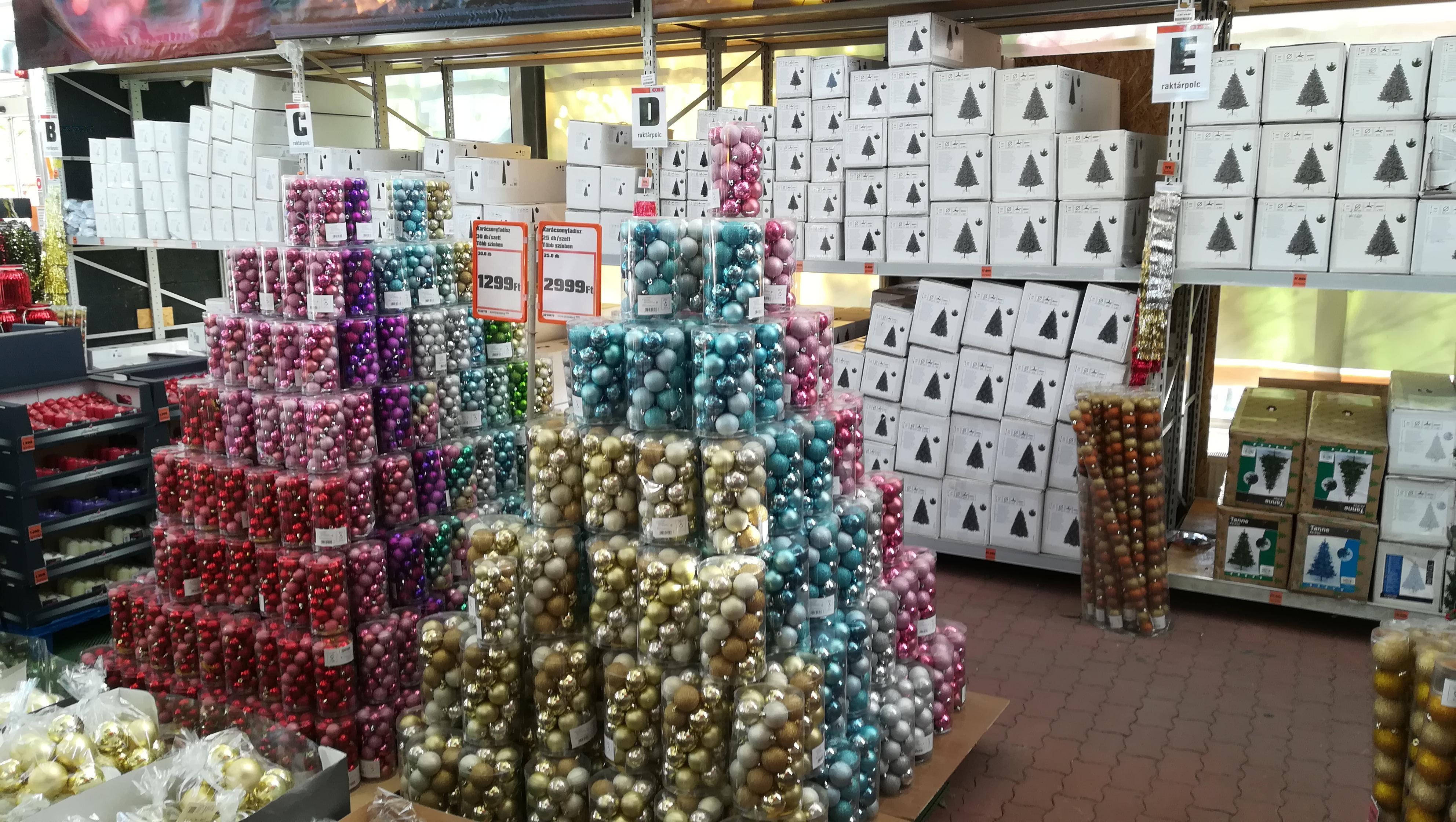 OBI áruház Tatabánya