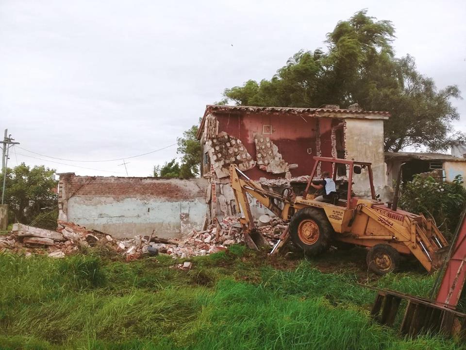 MOVIMIENTOS DE SUELO DE GUILLERMO FERNANDEZ