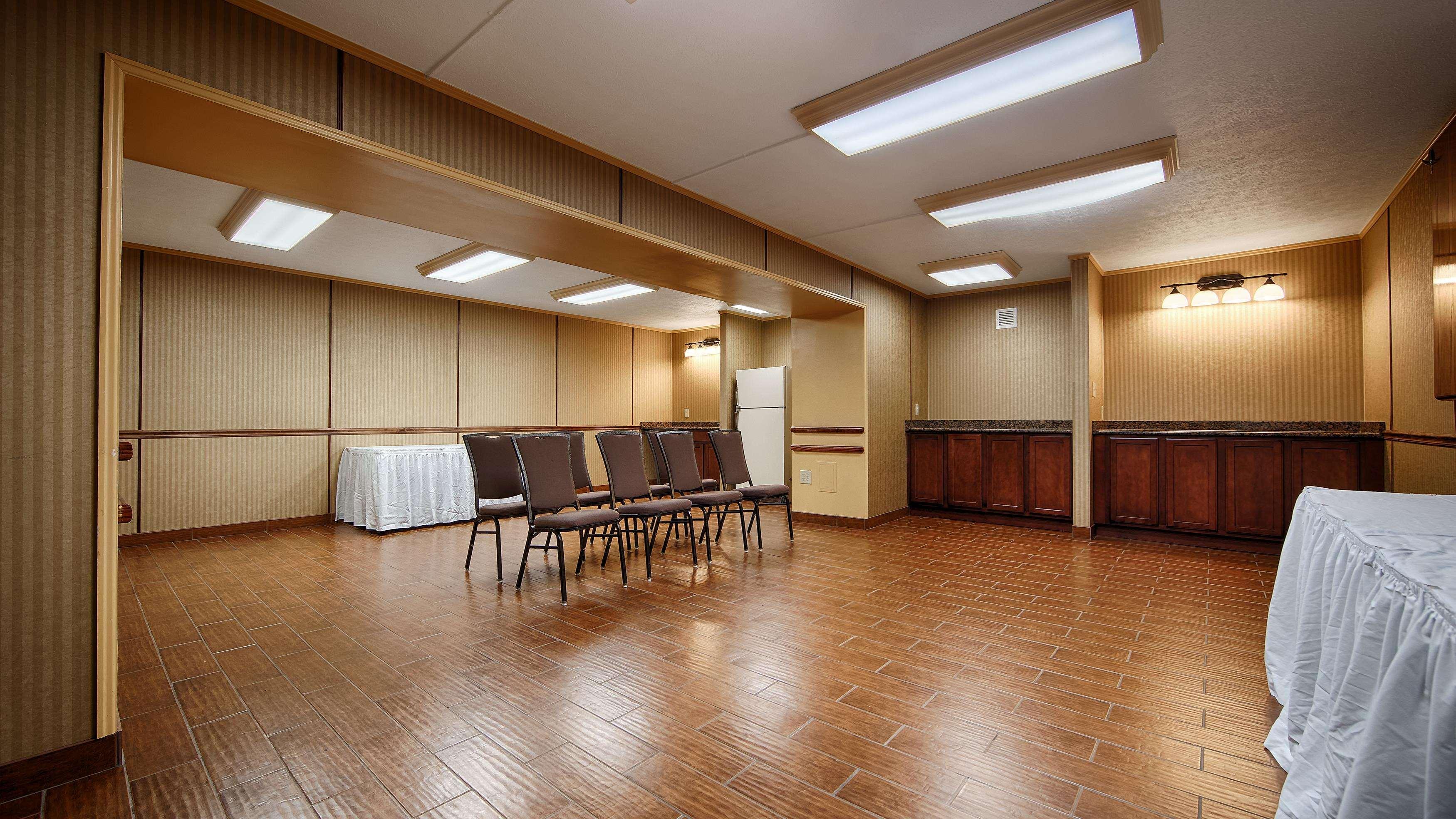 best western aquia quantico inn stafford virginia va. Black Bedroom Furniture Sets. Home Design Ideas