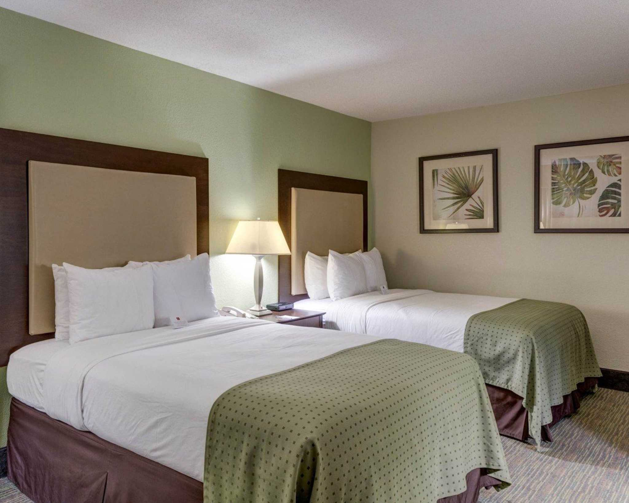 Clarion Inn Amp Suites Conference Center Covington
