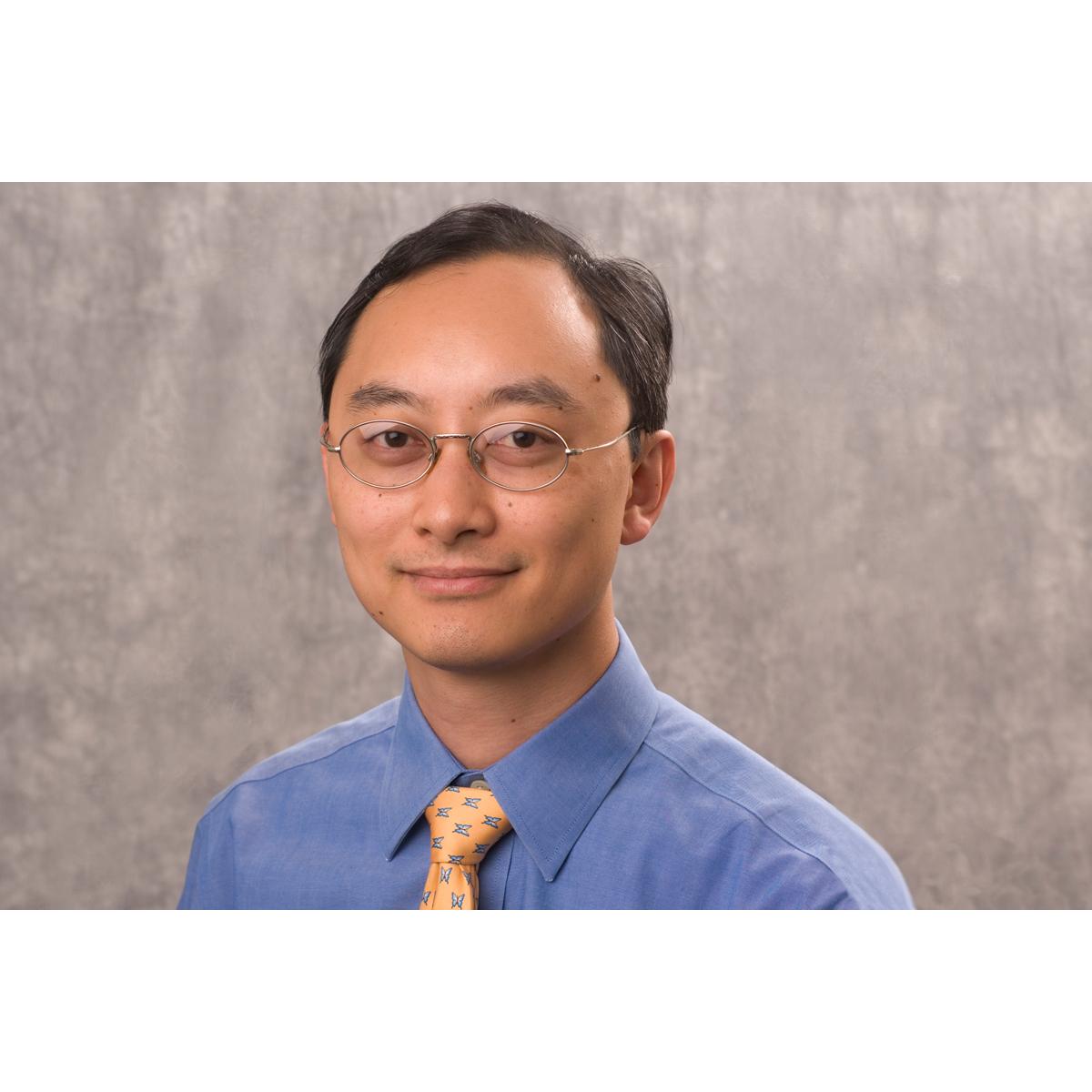 Kenneth H Yu