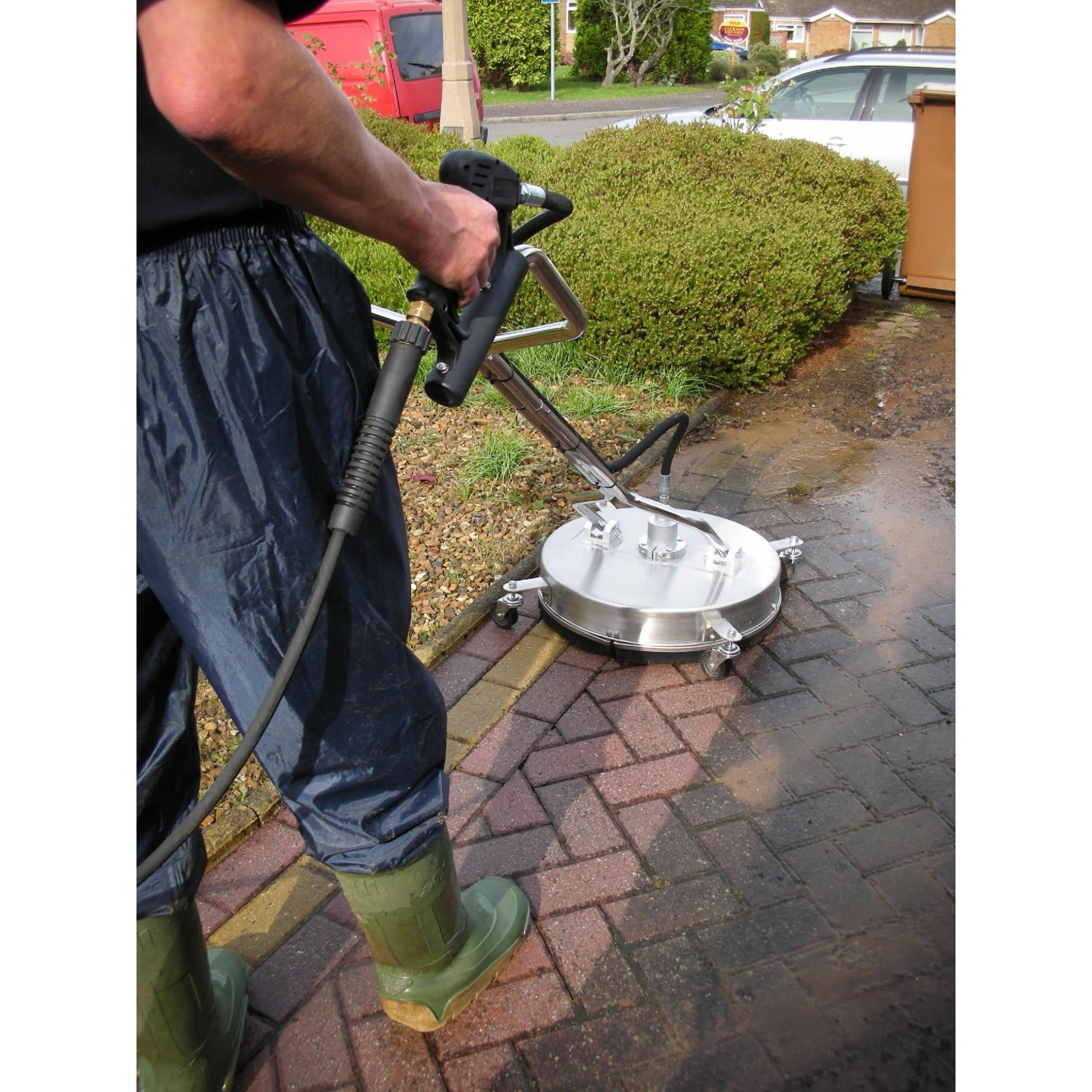 Sandblasting Service in MERSEYSIDE Newton-Le-Willows WA12 0EF Advanced Ground & Gutter Cleaning 2 Cole Avenue  07565208494