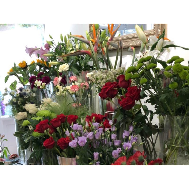 Betts & Twine Bespoke Florist - London, London SE10 9JA - 020 3982 1888 | ShowMeLocal.com