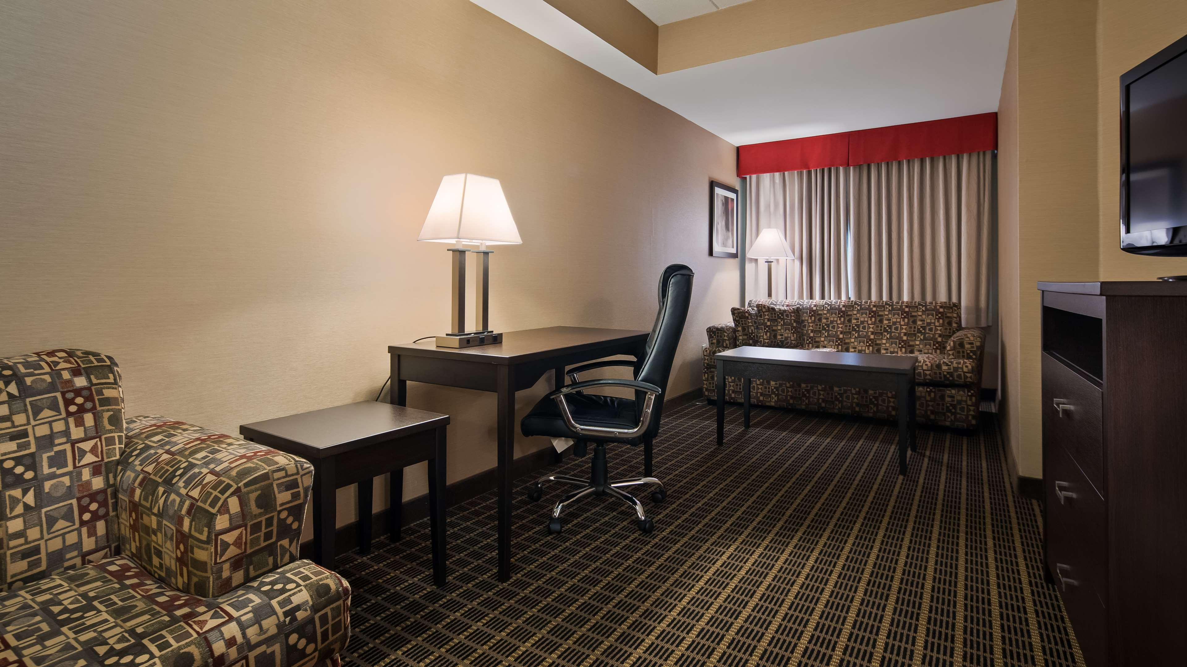 Suite Amenities Best Western Plus Burlington Inn & Suites Burlington (905)639-2700