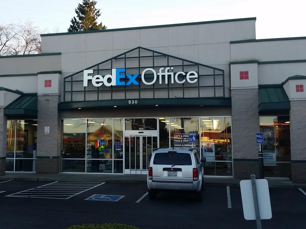 Fedex Office Print Ship Center Everett Washington Wa