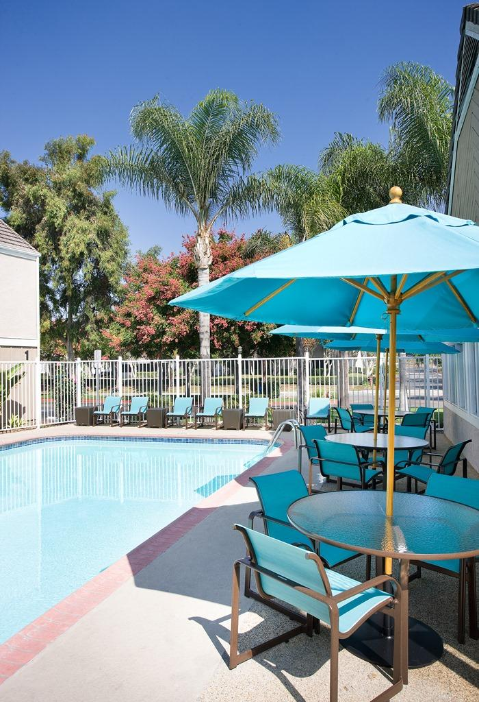 Residence inn by marriott irvine spectrum irvine - Menzies hotel irvine swimming pool ...
