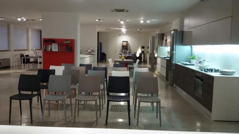 Smith cucine e arredamenti low cost mobili verona - Mobili low cost milano ...