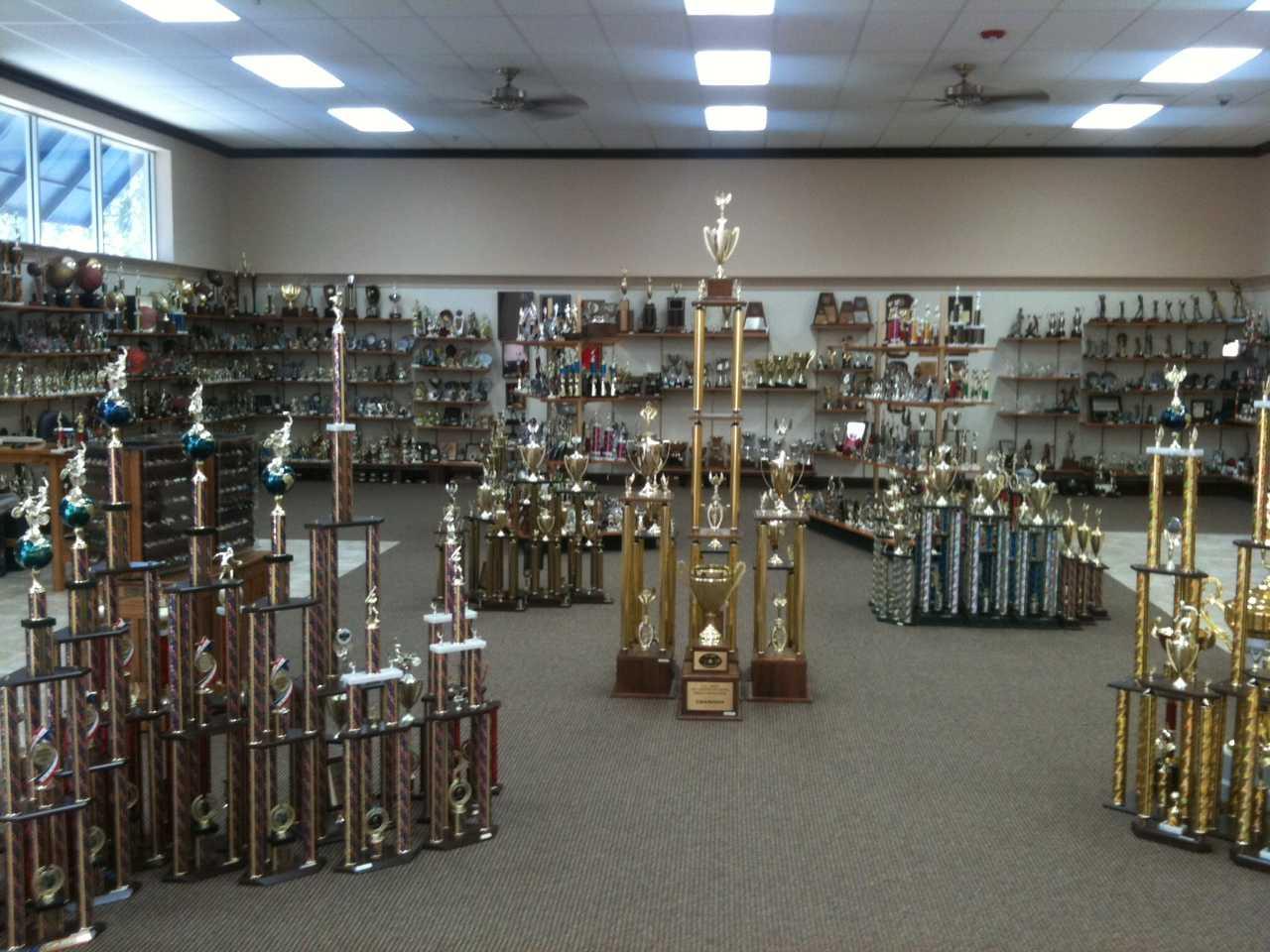 Monarch Trophy 16227 San Pedro Ave San Antonio Tx Trophy