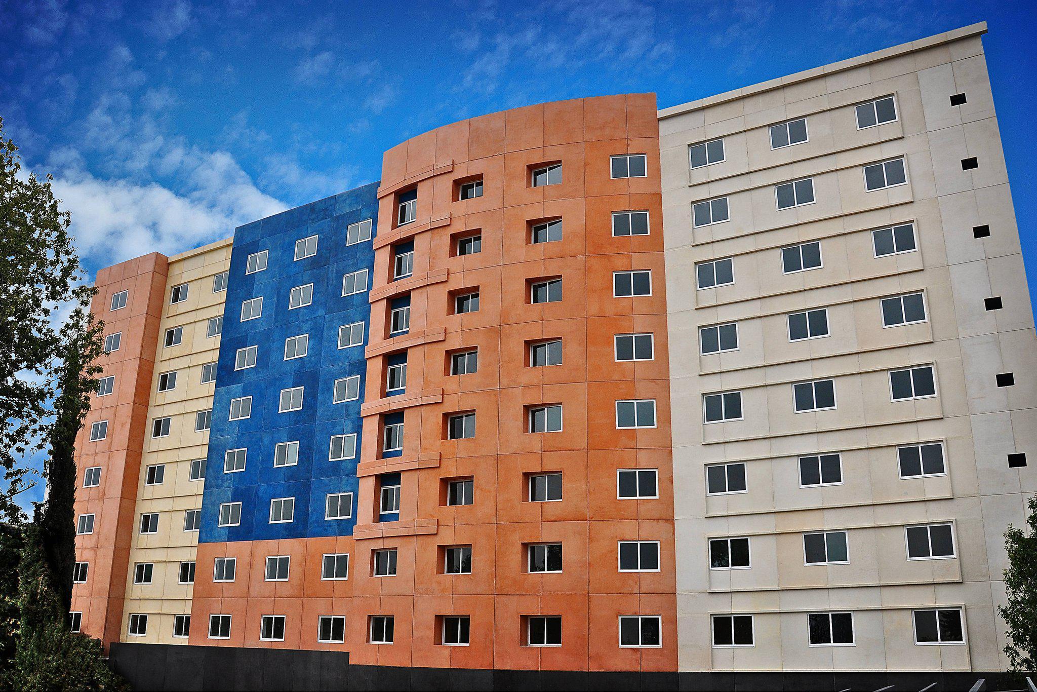 Courtyard by Marriott Toluca Tollocan