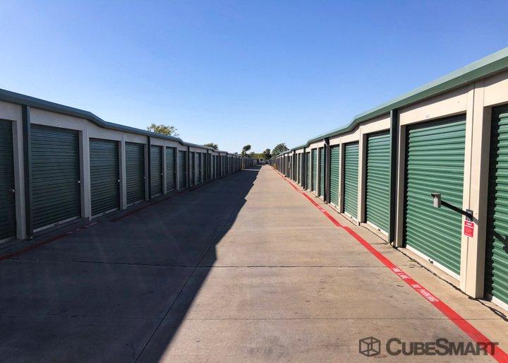 CubeSmart Self Storage - Fort Worth, TX 76179 - (817)238-7373 | ShowMeLocal.com