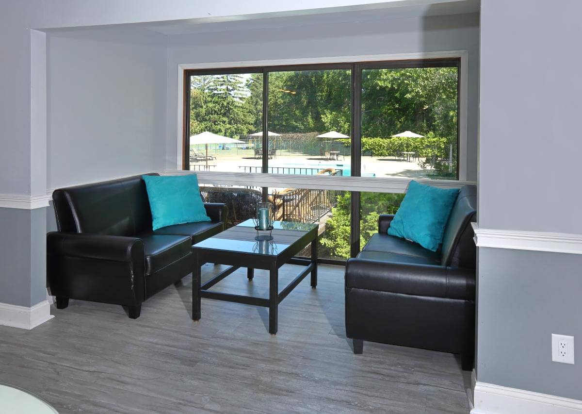 Cozy, peaceful common spaces Oxford Heights Albany (518)456-4822