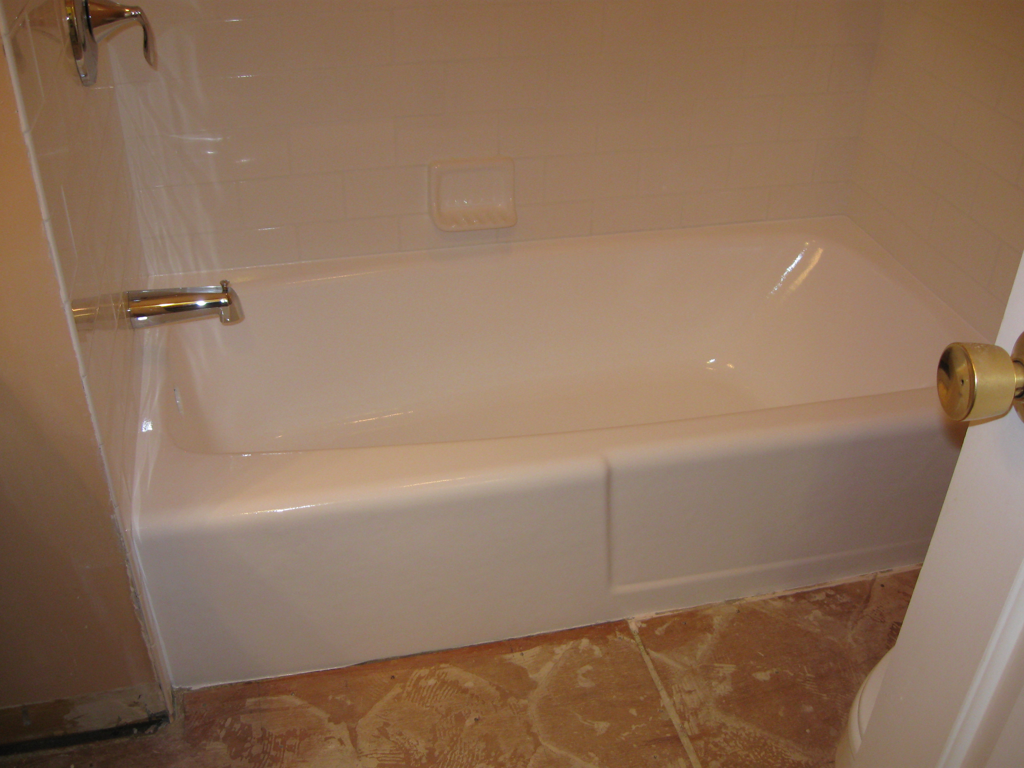 Amazing bathtub refinishing nc in cary nc 27518 for Bathtub refinishing