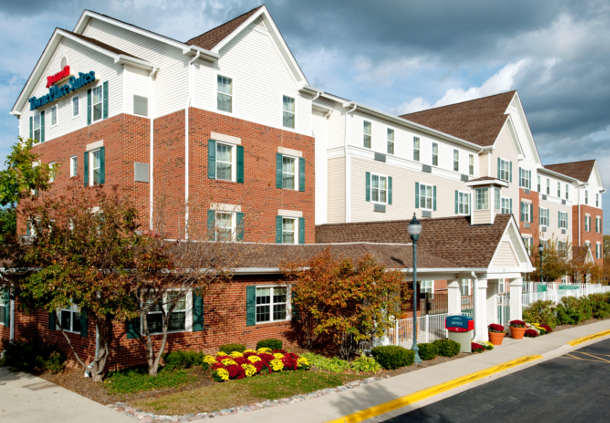 Hotels Near Yorktown Mall In Lombard Il