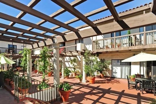 Villa Santa Barbara image 3