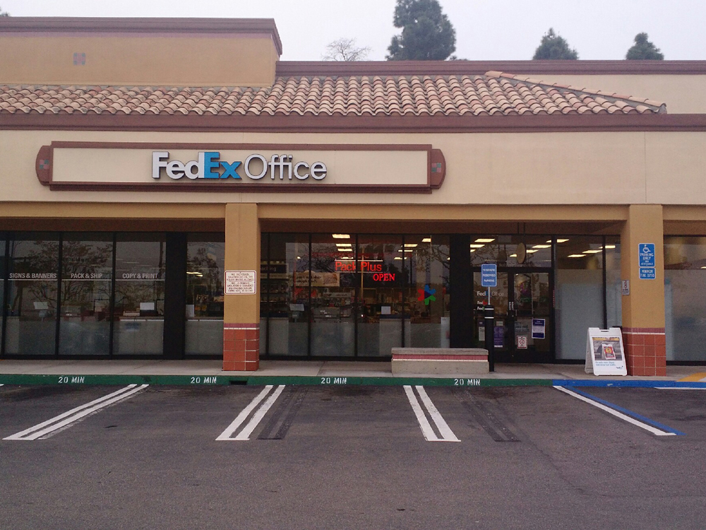 Nov 27, · While you can do most of your FedEx shopping online, you'll find expert services and supplies at the many FedEx retail stores, and dropping your package off at a store will help you cut down on your cost. FedEx stores are available worldwide, so you are sure to be close to one.