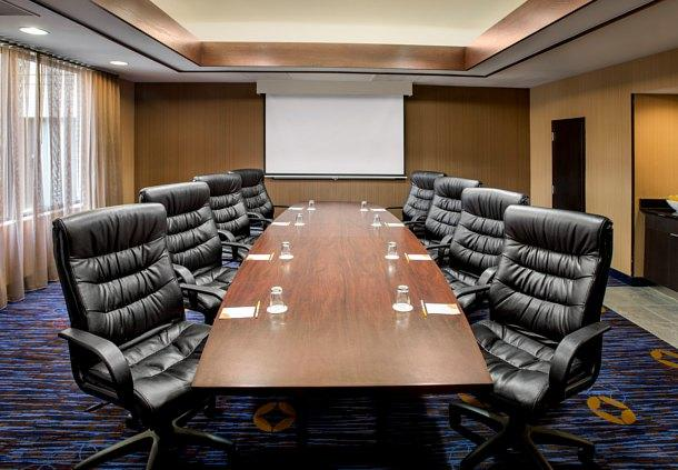 courtyard by marriott plymouth meeting pa Save big on hotel room rates for courtyard by marriott philadelphia lansdale,  plymouth meeting mall - 202 km / 126 mi  pa (abe-lehigh valley.
