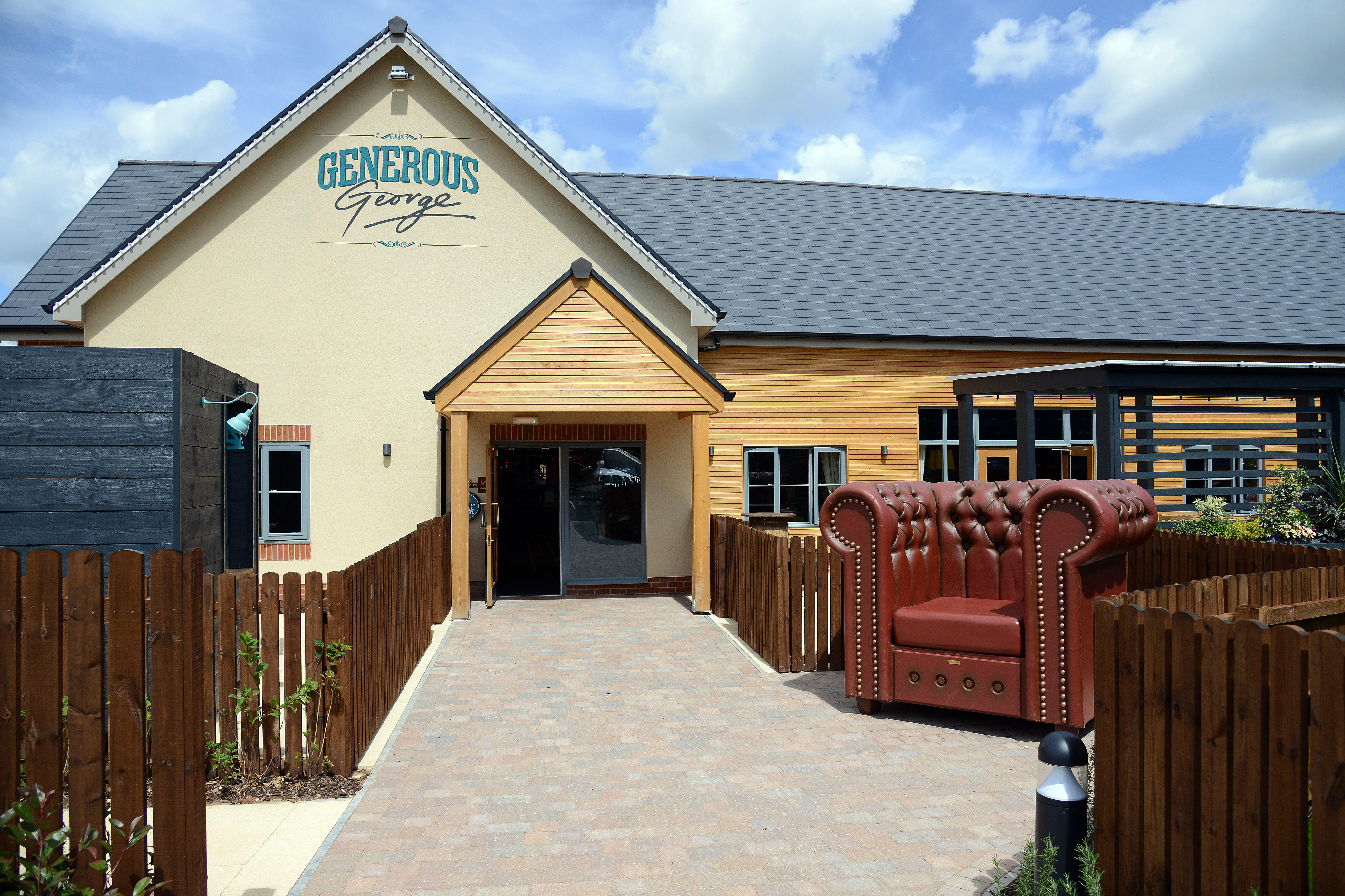 Tuck & Tanner - Top Valley Bullwell, Nottinghamshire NG5 9LA - 01158 246970 | ShowMeLocal.com