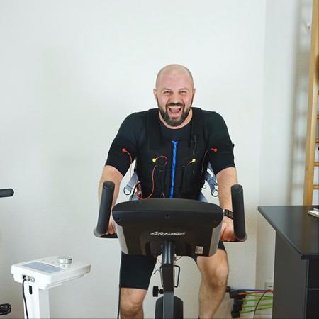 Kundenbild klein 3 Tayfun Berlin Personal Trainer