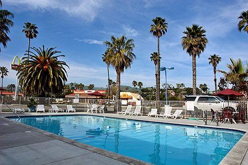 Motel 6 Ventura Beach image 0
