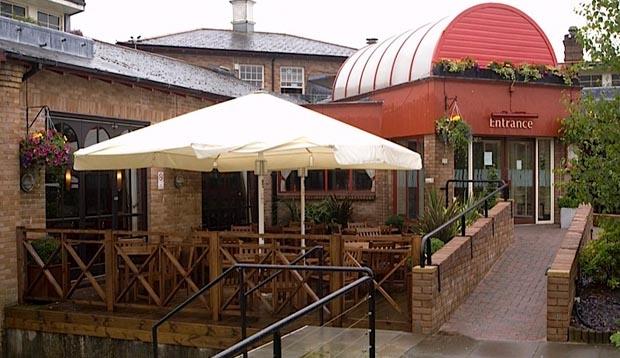 Premier Inn Glasgow East Kilbride Central