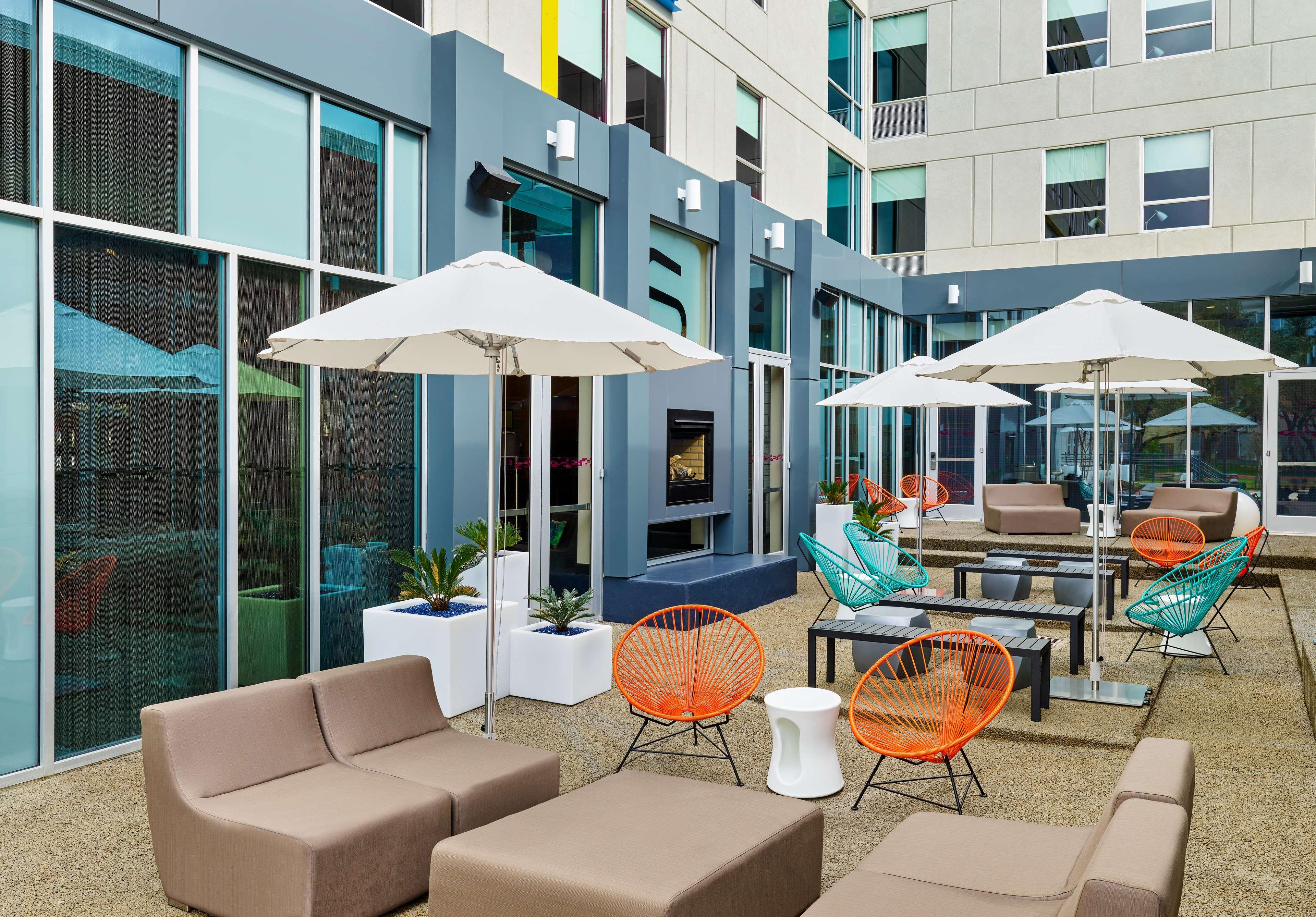aloft austin northwest in austin tx 78717. Black Bedroom Furniture Sets. Home Design Ideas