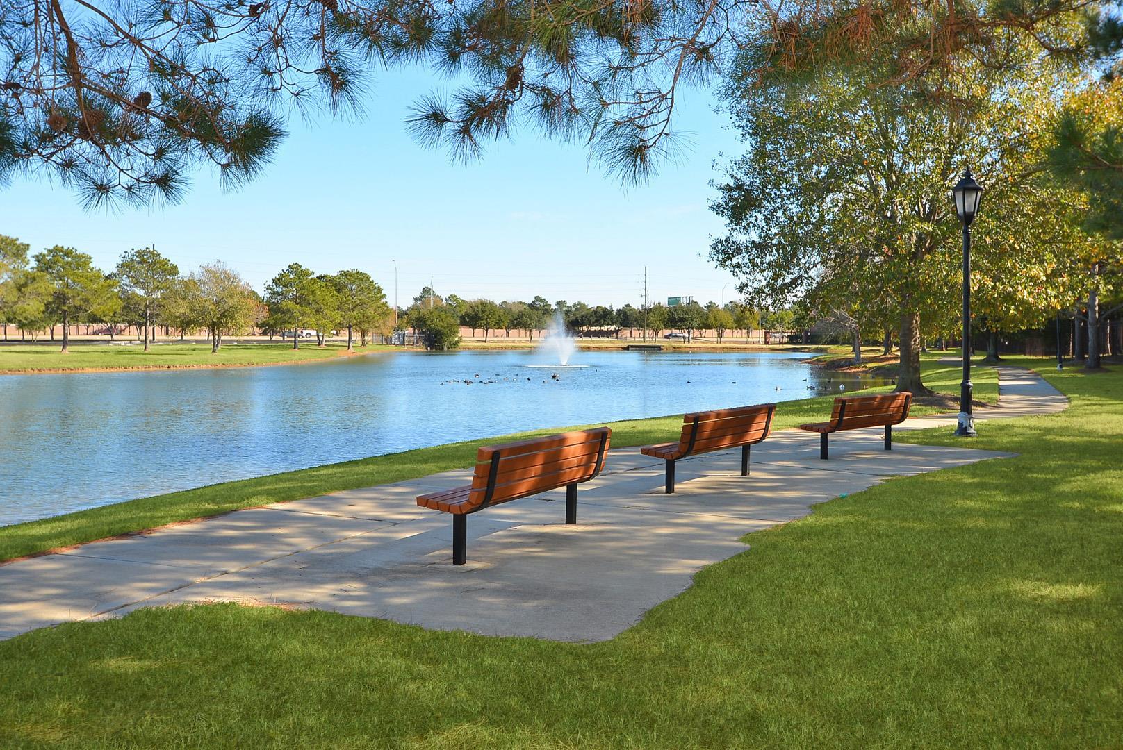 The Lakes at Cinco Ranch Apartments in Katy, TX image 1