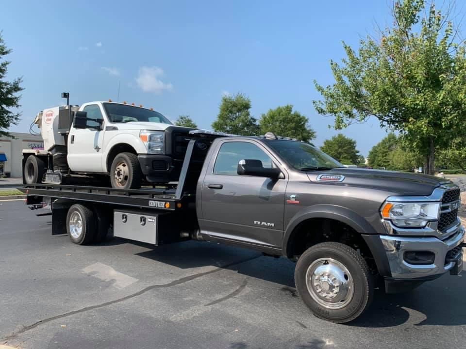 Carlos Towing Services LLC