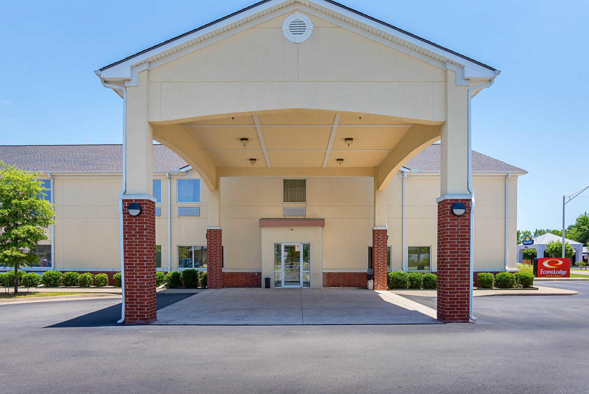 Econo Lodge Inn Suites Pritchard Road North Little Rock North Little Rock Arkansas Ar