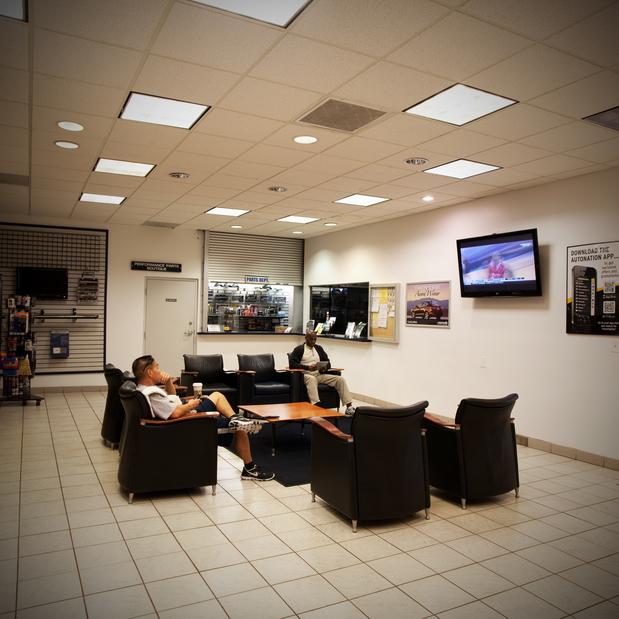 AutoNation Acura South Bay In Torrance, 25341 Crenshaw