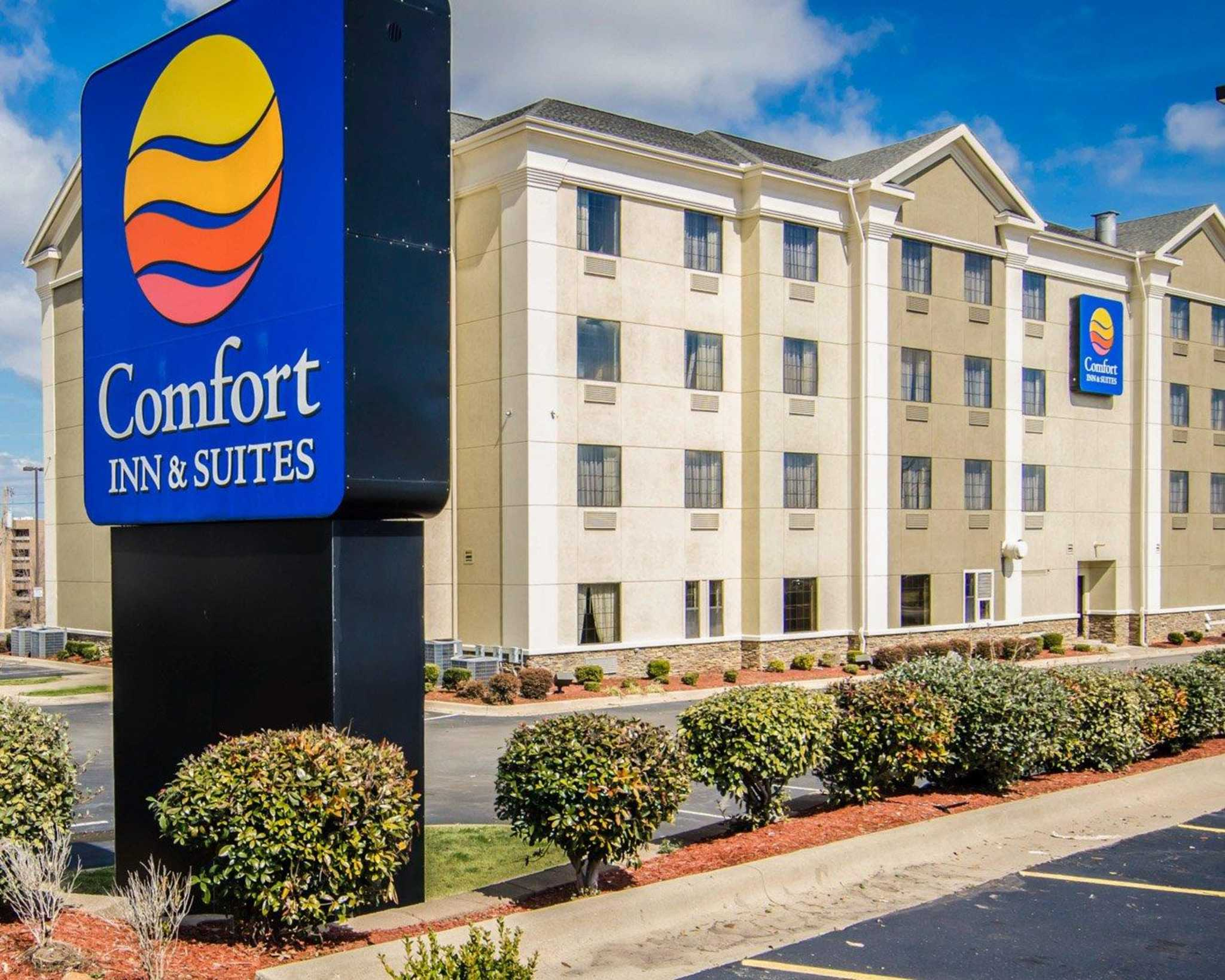 Comfort Inn  U0026 Suites  North Little Rock Arkansas  Ar