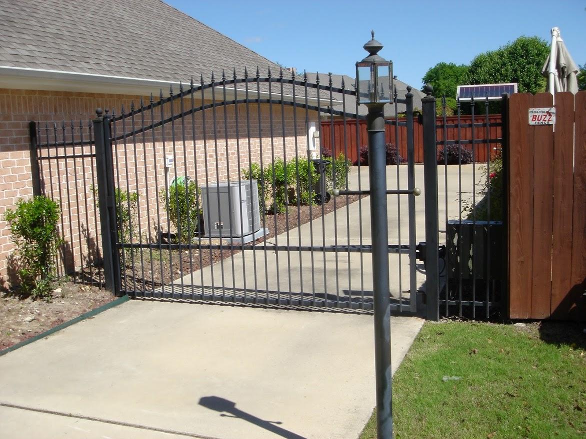 Buzz Custom Fence Grand Prairie Texas Tx