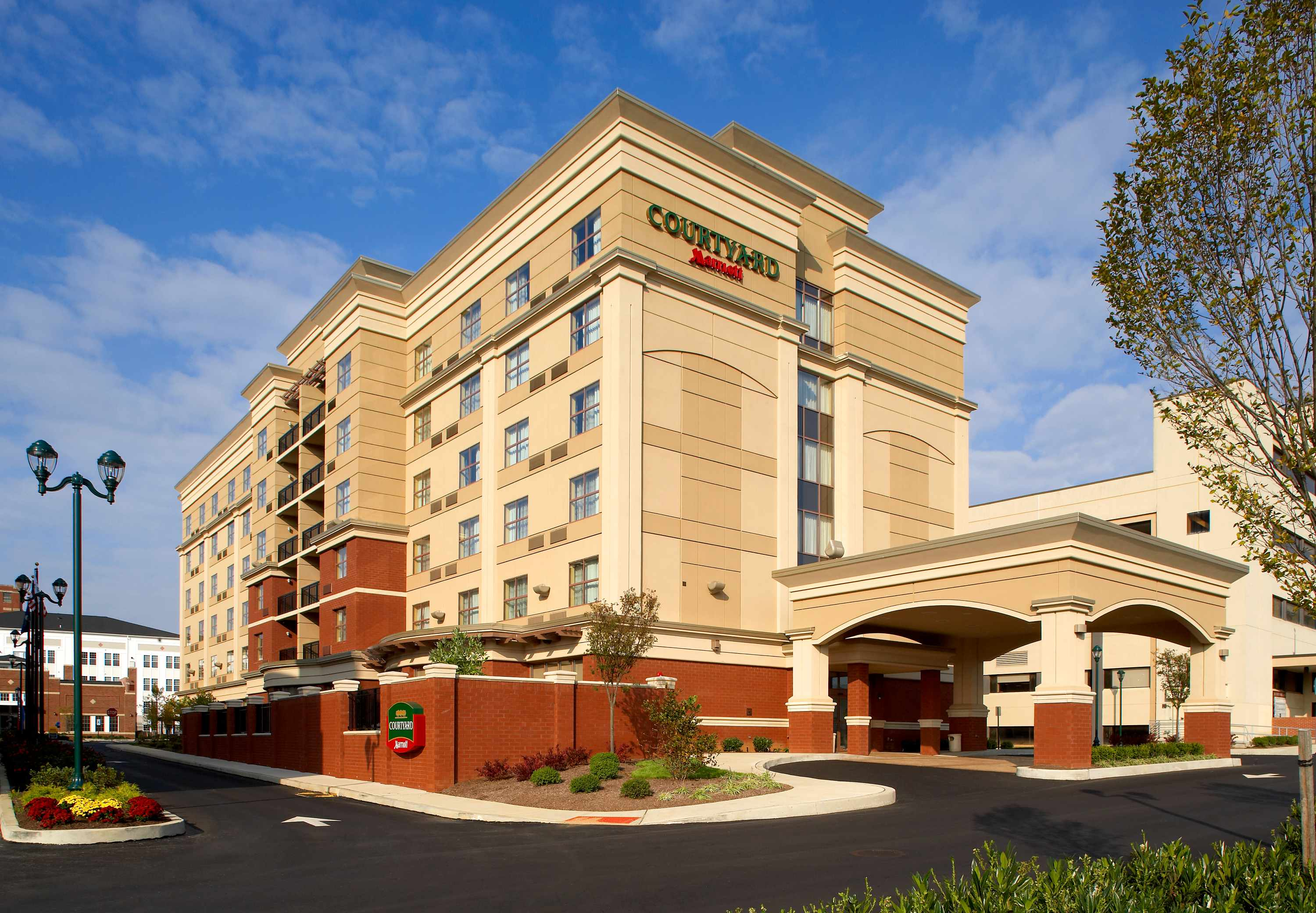 Official site of Holiday Inn Express & Suites Reading. Stay Smart, rest, and recharge at Holiday Inn Express - Best Price Guarantee.
