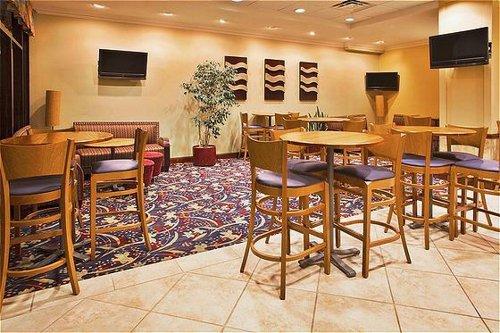 Holiday Inn Hotel & Suites Orlando SW - Celebration Area image 4