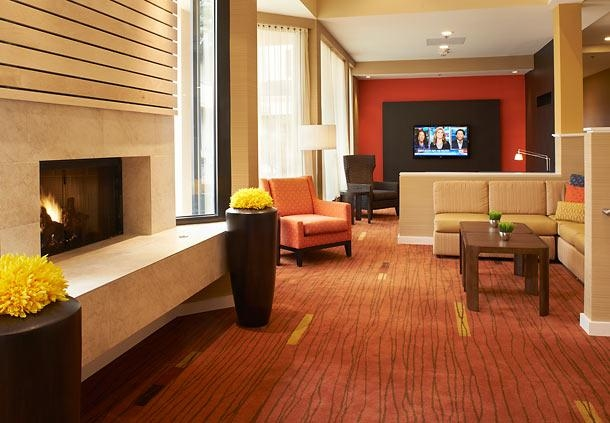 Courtyard by Marriott Toledo Airport Holland image 2