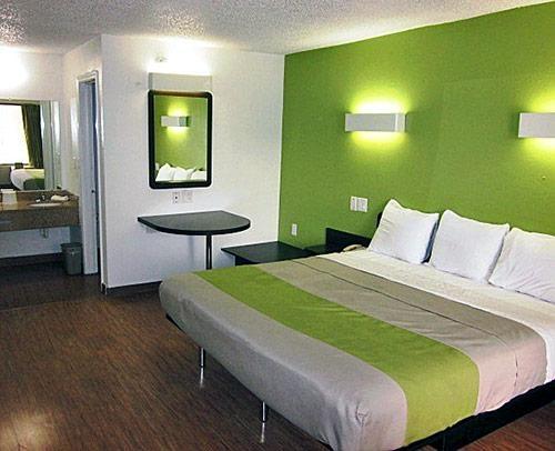 Motel 6 Harvey image 5