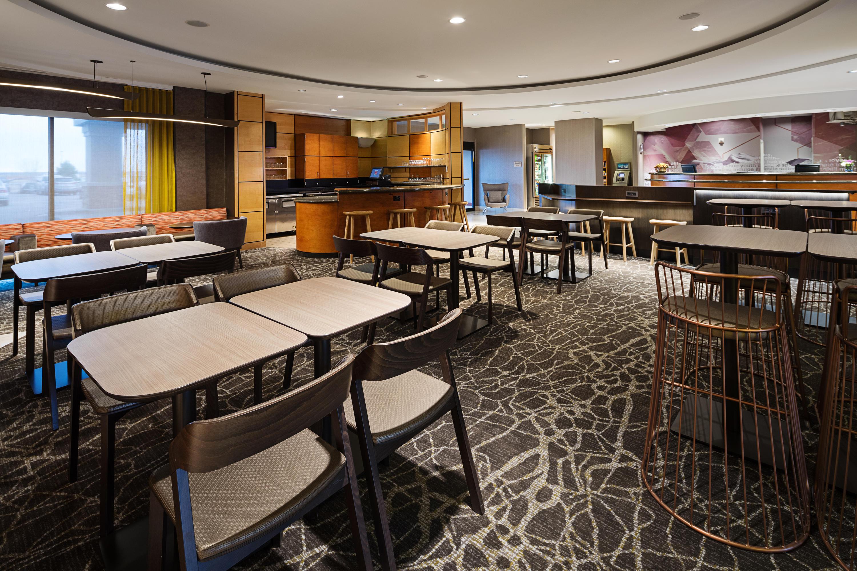 springhill suites by marriott denver airport denver. Black Bedroom Furniture Sets. Home Design Ideas