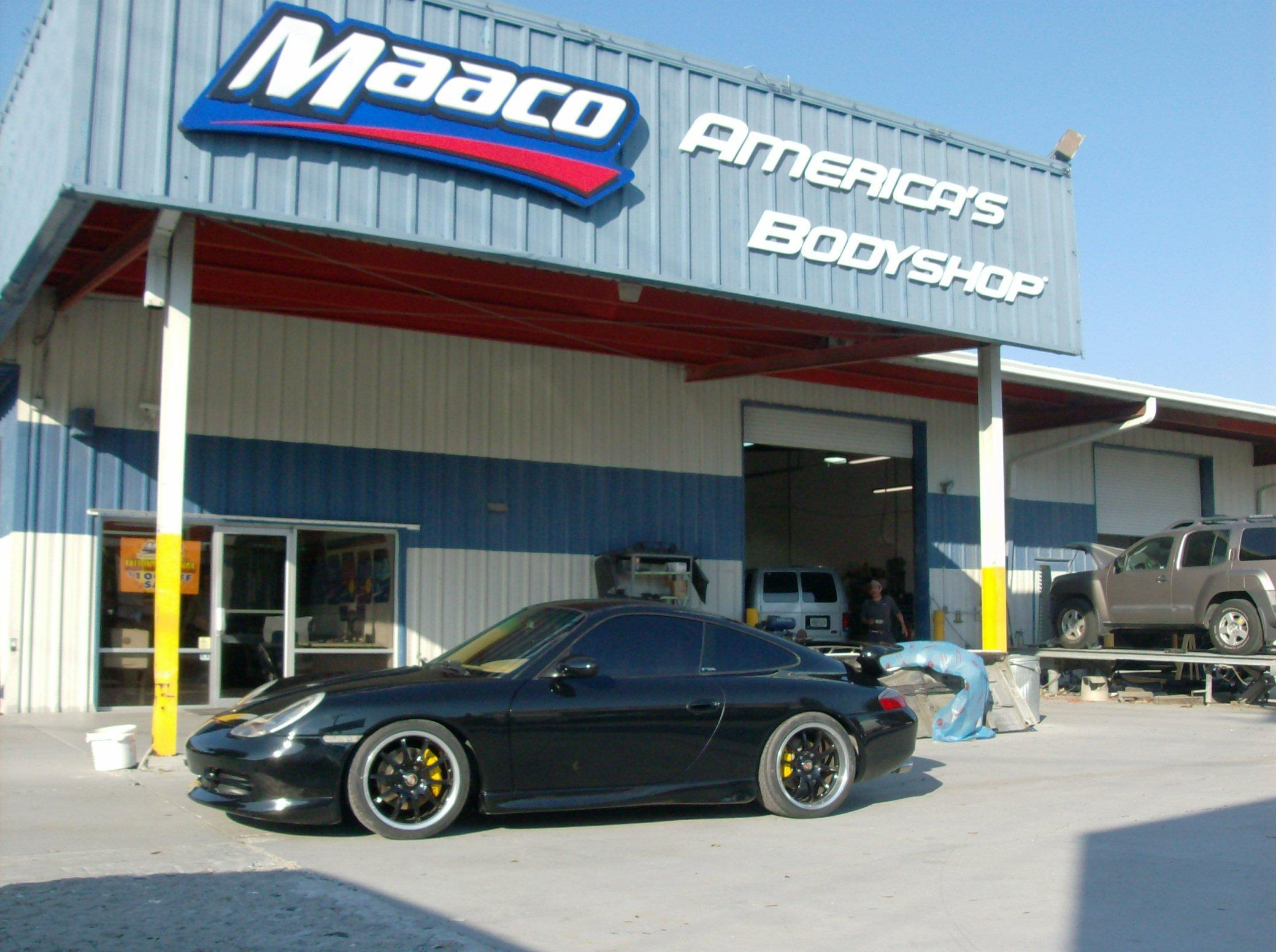 Maaco collision repair auto painting in tampa fl 33614 for Maaco paint and body