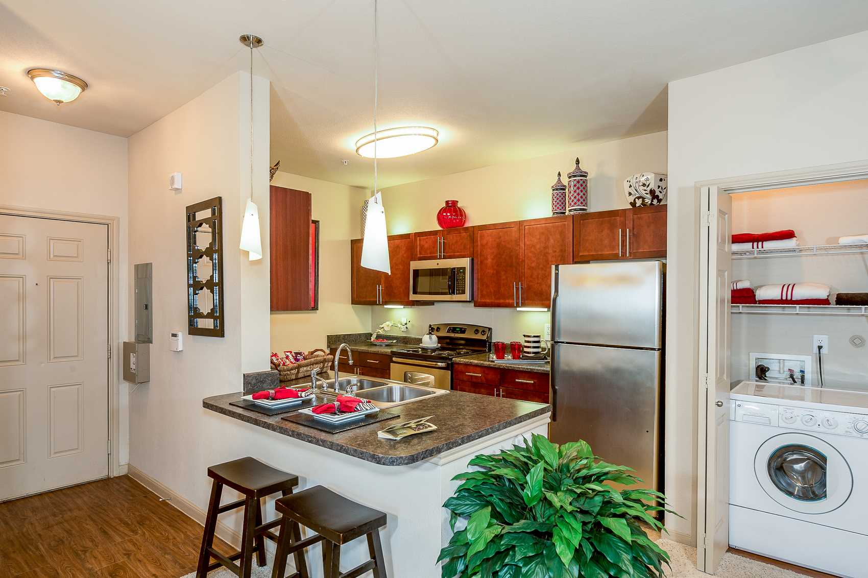 Legacy Heights Apartments Reviews