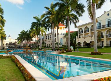 Jackson Custom Pools In Fort Myers Fl 33913