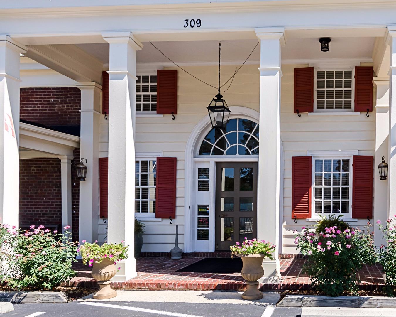 Rodeway Inn Historic in Williamsburg, VA 23185 ... Williamsburg Virginia Chamber Of Commerce Photos
