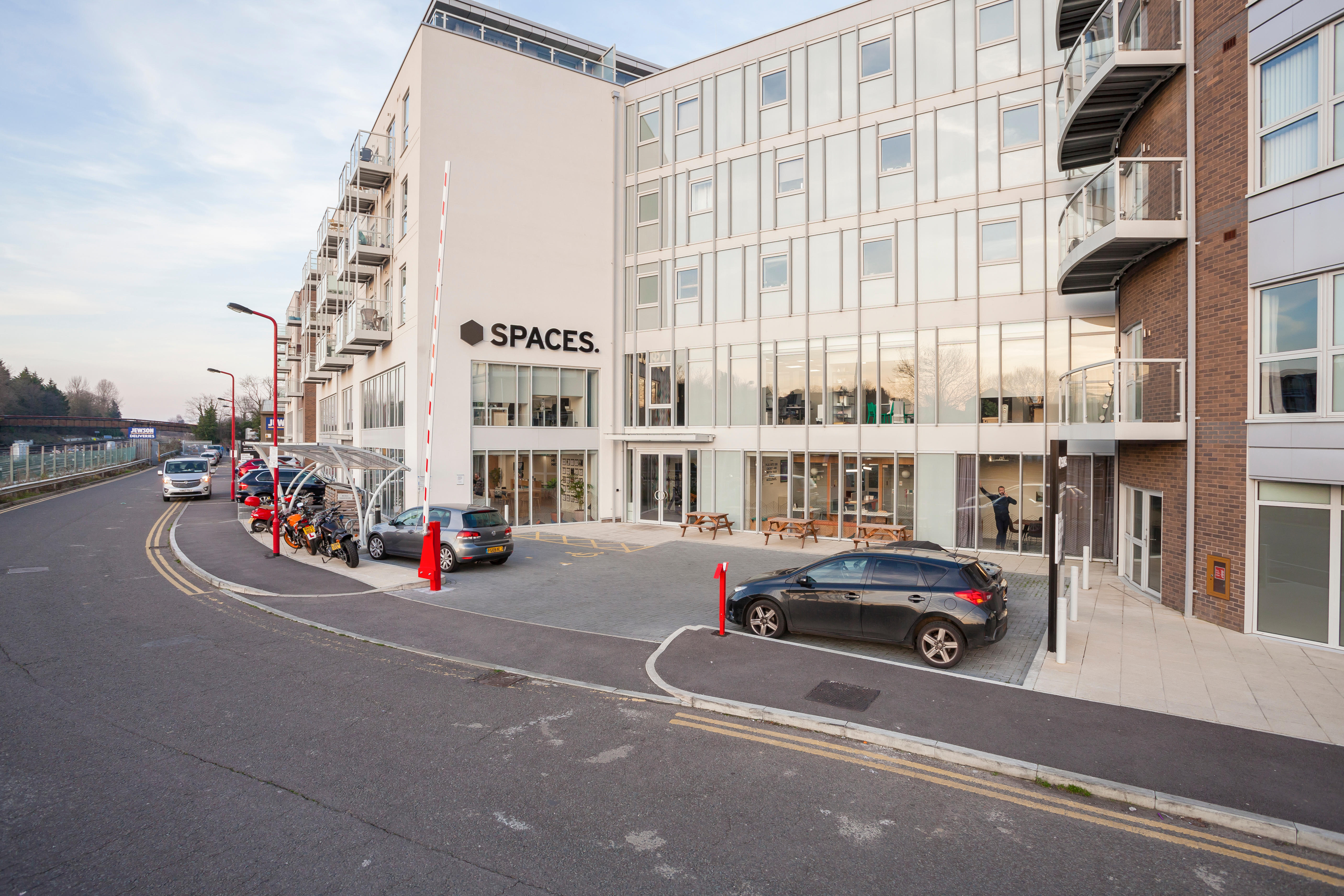 Spaces - Guildford, Station View - Guildford, Surrey GU1 4AR - 08000 608703 | ShowMeLocal.com