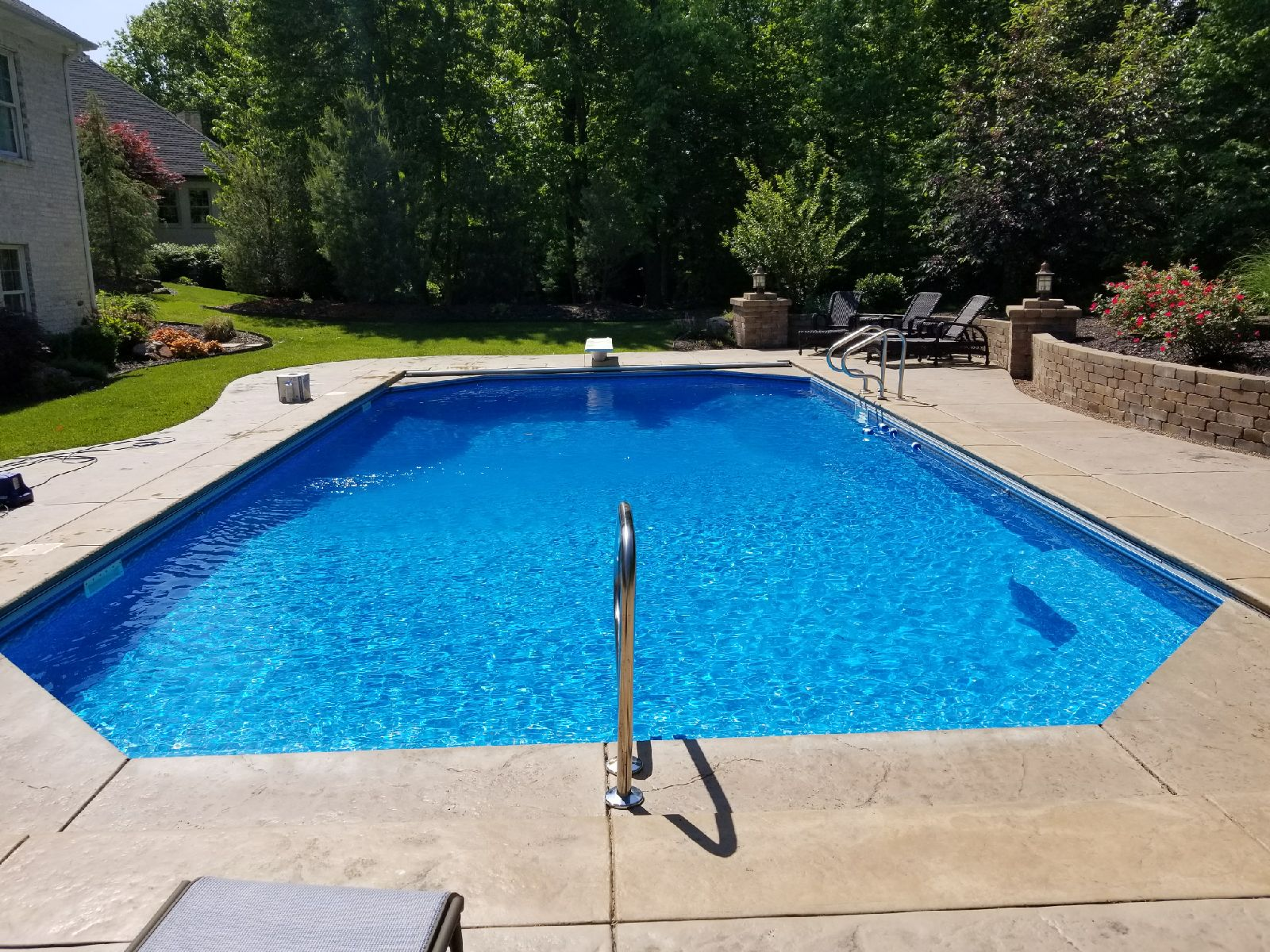F t kelley sons evansville indiana in for Pool vendors