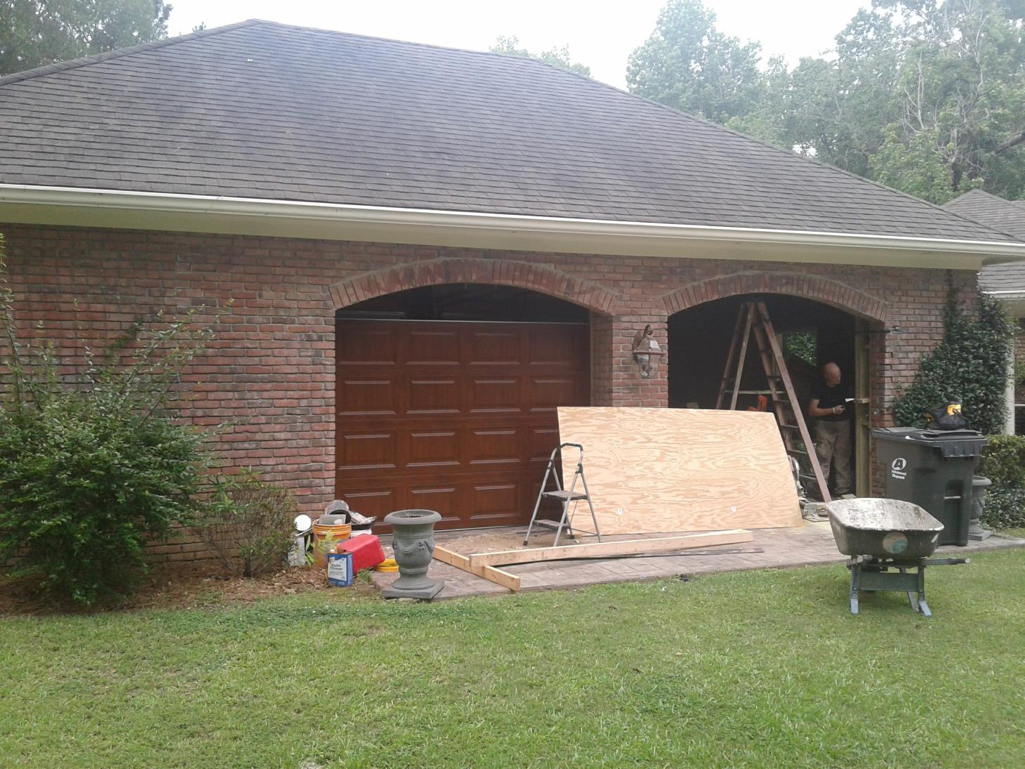 Affordable garage door repair specialist montgomery for Affordable garage