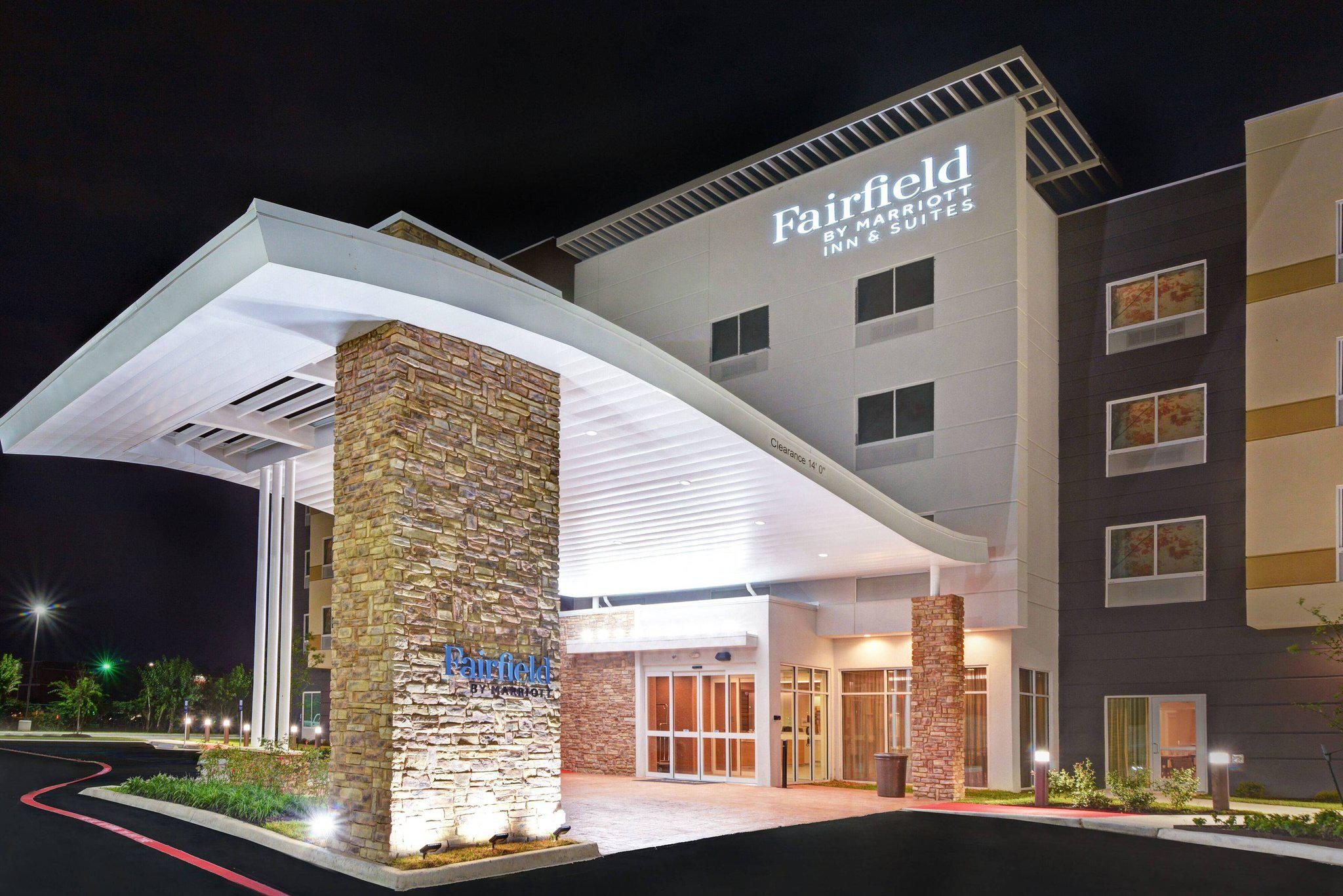 Fairfield Inn & Suites by Marriott Houston NASA/Webster