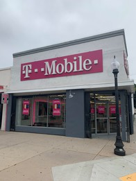 Exterior photo of T-Mobile Store at Valley Mall & Santa Anita, El Monte, CA