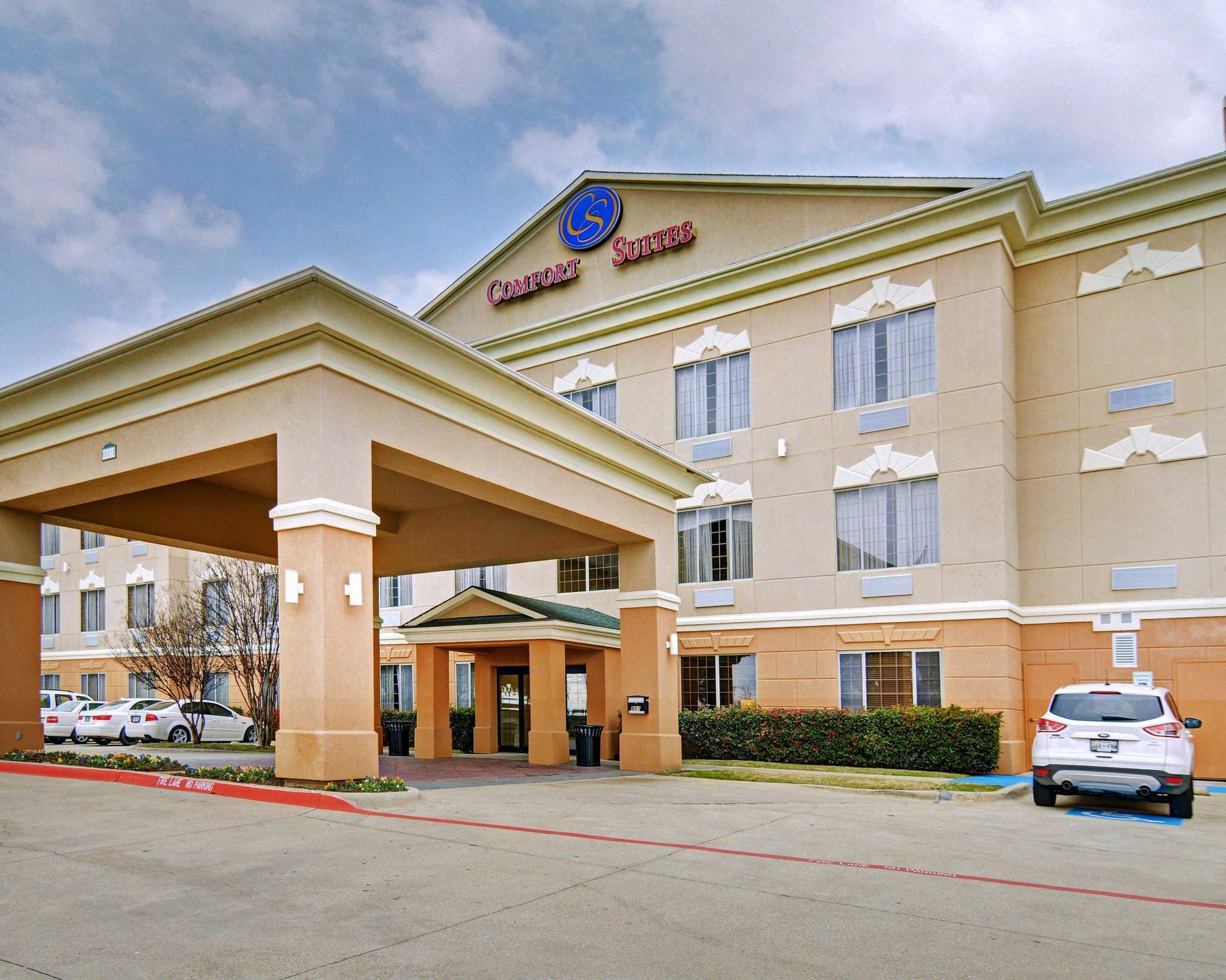 Hotel in TX Roanoke 76262 Comfort Suites Near Alliance 801 Byron Nelson Blvd  (817)490-1455