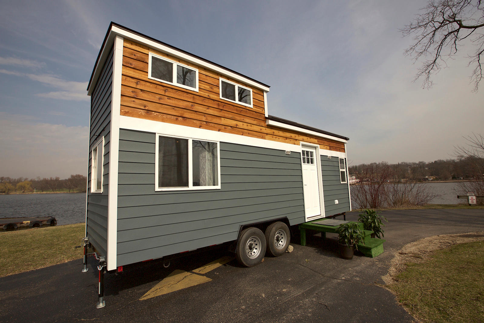 Titan tiny homes coupons near me in south elgin 8coupons for Small home builders near me